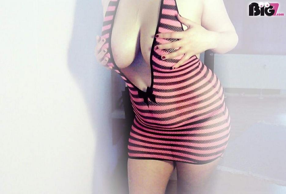 Hey,  ich bin Sweet-KittyCat und suche hier ein paar Männer, die offen für neues sind und Spaß und Abwechslung hier suchen.  Meldet euch doch einfach mal bei mir ;-)